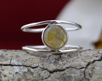 Round Labrodorite and Sterling Silver ring size 9