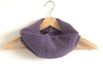 Amethyst Daisy Design Snood Cowl Knitted in Supersoft Lambswool