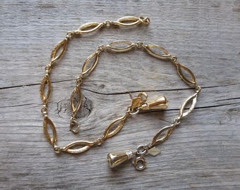 """PAIR Vintage Sarah Coventry """"Delightful"""" Bracelets-Vintage SAC Bracelet-SAC Delightful-Vintage Sarah Coventry Gold Bracelet-Free Shipping"""
