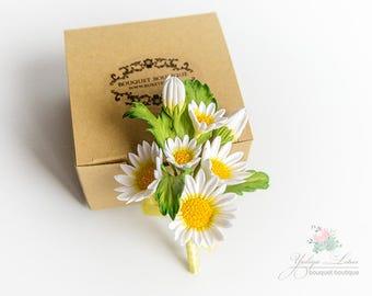 Bridal accessories, wedding boutonniere, boutonniere, buttonhole