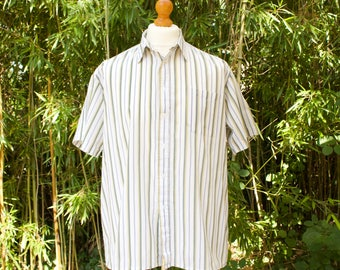 Vintage Short Sleeved Striped Shirt  Size - Large