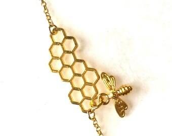 Honeycomb bracelet pendant Golden brass gold brass honey bee honey bee honeycomb