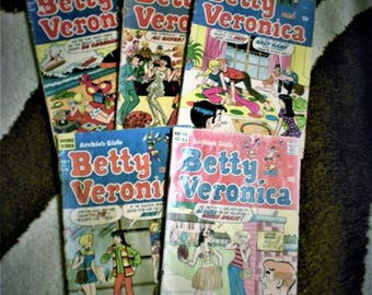 Betty and Veronica Archie's Girls Comics