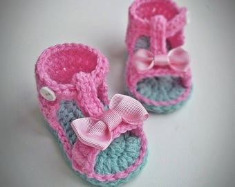 Crochet Baby Sandals, Crochet Baby Shoes, Baby girl sandals, saummer shoes, pink baby shoes, pink bow, babyshower, birthday, newborn gift