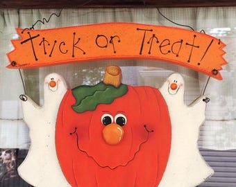 Halloween Decorations, Pumpkin and Ghosts, Trick or Treat Sign, Wooden Halloween Sign, Halloween Decoration, Hand Painted Sign, Wooden Sign,