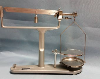 Vintage Welch Triple Beam Scientific Scale with Plates and Weight, 1940s
