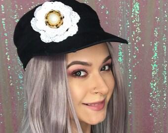 Shabby Chic Newsboy cap, crochet floral fidel hat