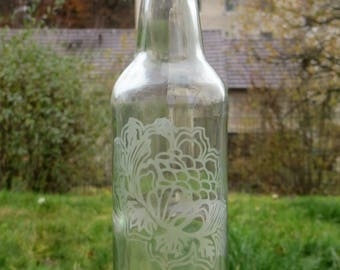 Eco Friendly Gift - Etched Glass Bottle - Water Bottle - Glass Bottle - Zero Waste - Reusable - Glass Water Bottle - Etched Water Bottle