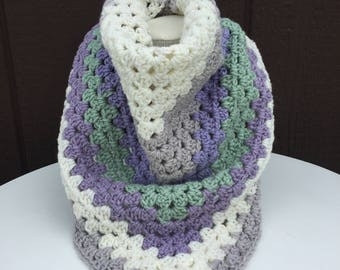 Crochet Triangle Scarf, Crochet Scarf, Multicolored Scarf, Triangle Shawl, Large Scarf, Granny Square Triangle Scarf, Crochet Winter Scarf
