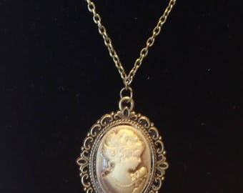 Handmade Vintage Style Cameo Necklace