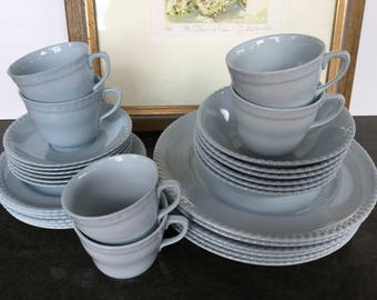 "Johnson of Australia ""Victorian Blue"" dinner set for six Made in Australia 30 pieces Mid century ceramics Wedding present"