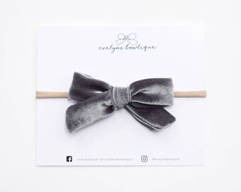 Heather Gray Velvet Bow | Baby headband set, Baby bow Headbands, Small Bows, Baby Bows, Newborn headbands, Nylon Headbands, Baby hair bows,