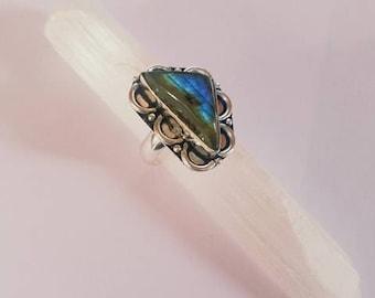 Labradorite Ring Labradorite Crystal Labradorite Crystal Ring Statement Ring Silver Plated Ring size 9