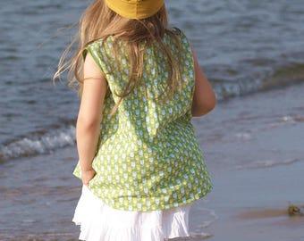 Girl skirt in white/beige girl summer