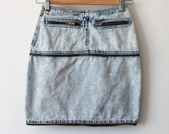 Vintage Stonewash Denim Skirt Paris Express Zipper 90s size XS W24