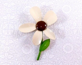 Vintage flower power brooch