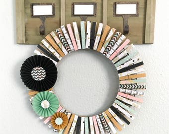 Mint Green and Gold - Clothespin Wreath - Trendy Wreath - Pineapple Wreath - Spring Wreath - Nursery decor - Summer Party - Home Decor