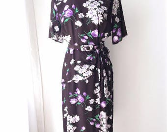 L XL 40s Swing Era Floral Print Belted WWII War Era Lindy Cocktail Dinner Dress Art Deco Brown Purple White Extra Large