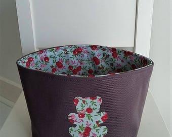 Petit panier/corbeille de rangement pour chambre bébé/enfant fille en coton prune et liberty. Motif ourson.
