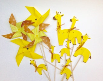 Set of 7 cake topper, giraffes and 4 pinwheels, color choices