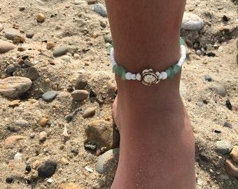 White Beaded Turtle Anklet / Beaded Anklet / White Beaded Anklet / Anklet / Ankle Bracelet