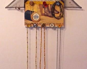 """Jewelry House """"Favorite Few"""" - Jewelry Display & Storage"""