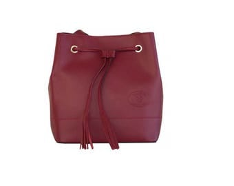Leather purse with shoulder strap for women, Red