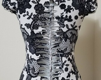 Floral black/white -Small