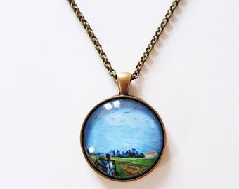 Van Gogh 'Green vineyard - Hommes' detail, 30mm round pendant in silver or antique bronze, includes complimentary chain