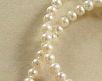 Ivory Freshwater Pearls 6mm Round