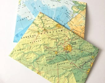 Set of 5 handmade envelopes with world map print upcycled atlas // Travel Post Letters Invitation Wedding Birthday Snailmail C6 size