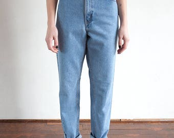 Vintage LEVI'S 505 Relaxed Fit 90s High Waisted Tapered Leg Jeans