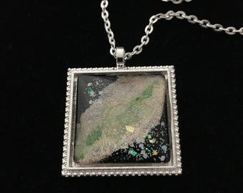 Gold, Green, and Silver Glitter Glass Pendant Necklace 034