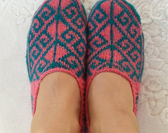 Turkish slippers, Pink slippers,mothers day gift, knit slippers, women knit slippers, ethnic slippers, hand knit slippers, indoor slippers.