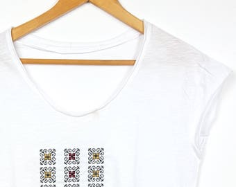 "Embroidered Ethnic T-shirt Traditional Pattern ""Casa Boiereasca"""