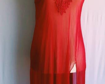 Vintage cherry nightgown / valentines lingerie / vintage sleepwear / red nightgown