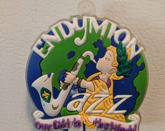 Mardi Gras 2018 Endymion Light Up Signature Throw Magnet - Krewe of Endymion