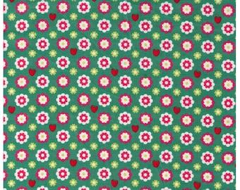 HALF YARD Yuwa -  Daisies and Strawberries on GREEN - Atsuko Matsuyama - Vintage Lady collection AT826265 B Japanese Import
