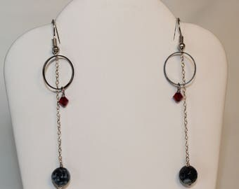 Black and White Agate Long Earrings Circle Red Crystal Surgical Steel, Stainless Steel, Hypoallergenic, Shimmer Shimmer