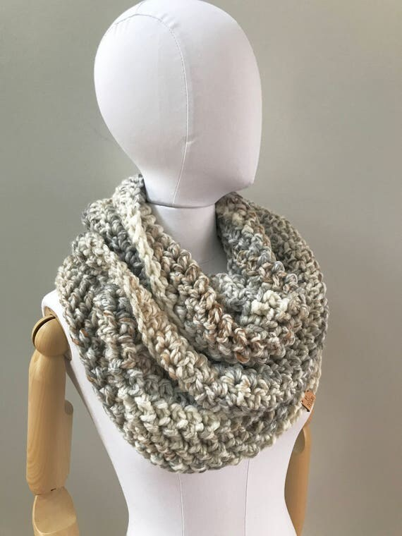 Chunky Infinity Scarf | style #1035