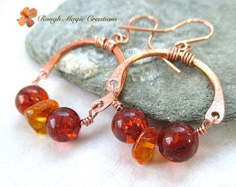 Baltic Amber Earrings, Copper & Genuine Amber Gemstones, Boho Gypsy Jewelry, Fall Autumn Earrings, SemiCircle Horseshoes, Stone Dangles E424