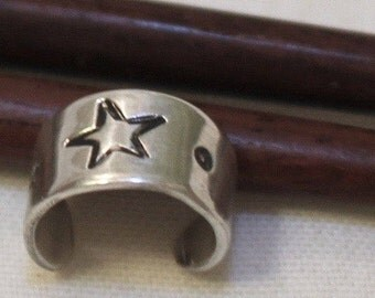 Astronomy lovers five point Star ear cuff - retro ear cuff in sterling silver