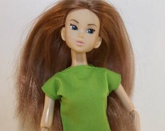Handmade Top fits dolls like Momoko, Blythe, Skipper, Moxie Designs by P. D. Reneau (S525)