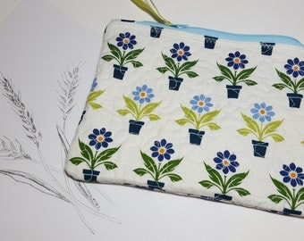 Quilted organizer Zipper pouch, blue and green flower print,  travel pouch, phone pouch, cosmetics, coupons