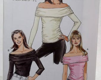Very Easy Vogue V7997 Sewing Pattern Misses' Off the Shoulder Top, 3 Variations Easy to Sew Fashion Top, Gathered Sides Size 8 - 14 UNCUT