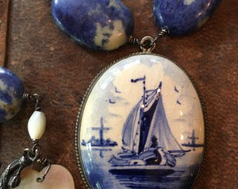 Beautiful Old Delft Pendent from the Netherlands
