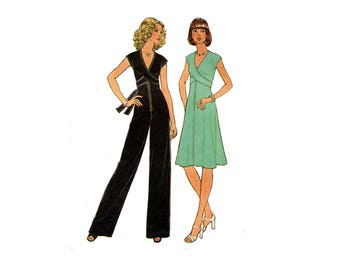 1970s Jumpsuit or Dress Pattern Wrap and Tie V Neck Straight Leg Front Zipper Cap Sleeve Simplicity 7522 Bust 34 Vintage Sewing Pattern