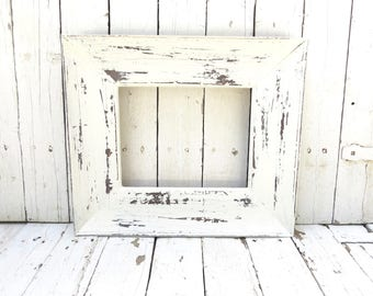 Rustic White Frame, Old White Frame, Picture Frame, Weathered White Frame, Salvaged Frame, Cottage Chic Decor, Farmhouse Decor, 8x10 Frame