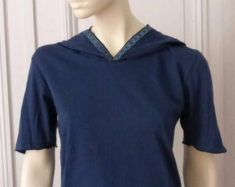 Top blue Pixie with short sleeves and lace