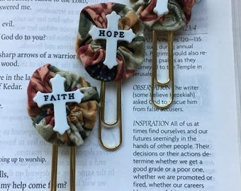Love-Faith-Hope Cross Paper Clip Bookmark-Document Faith-Fabric YoYo-Planner Accessories-Bible Journals-Planner Page Bookmark-Cross Buttons